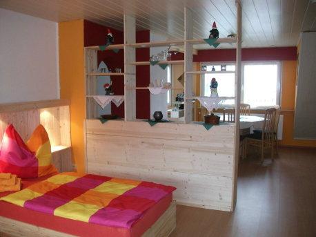 stadt st ingbert ferienunterk nfte ferienwohnung kahlenbergblick 2. Black Bedroom Furniture Sets. Home Design Ideas